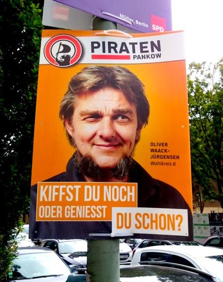 Détournant un slogan d'Ikea, ce candidat demande si les électeurs fument des cigarettes qui font rire.